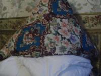 Подушка (70x70)см, холофайбер