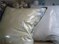 Подушка (70x70)см - лебяжий пух